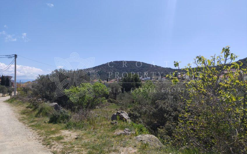 Croatia Trogir Vinisce building land for sale